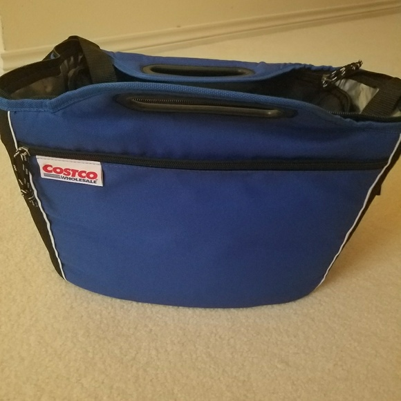9e8920cd60b9 New Large Costco picnic bag